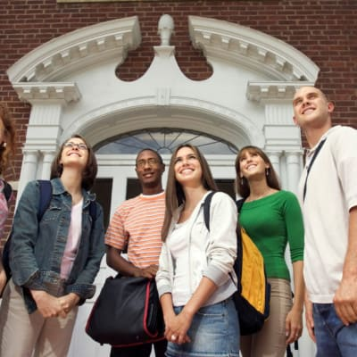 Pros and Cons of College Education